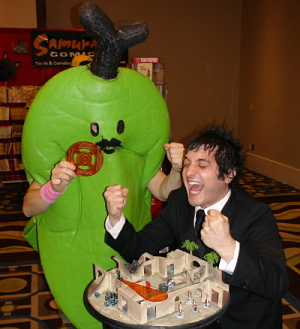 Louden & one of Los Plantanos of Kaiju Big Battel enjoy a quick game of Rezolution